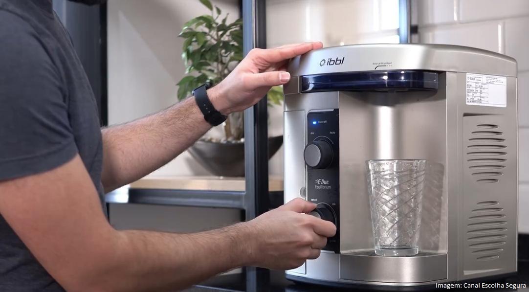 Purificador de água com equilíbrio de pH reforça o cuidado com a saúde